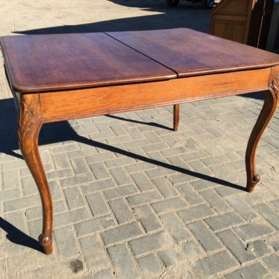 fd0046-isskleidziamas-stalas