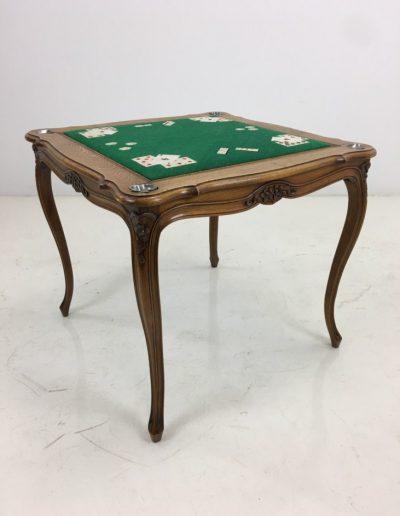 AA0118 staliukas-kortų (2)