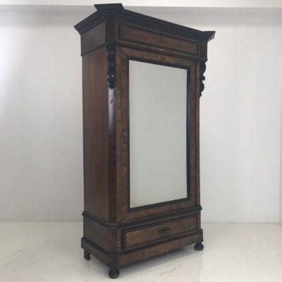 Шкаф с зеркалом под заказ