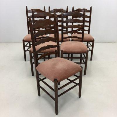 naudotos raudonmedžio kėdės
