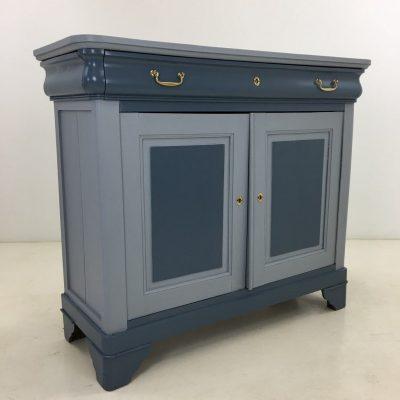 naudota restauruota mėlynos spalvos komoda