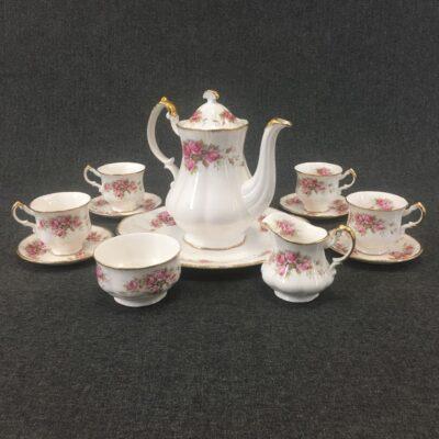"""Фарфоровый чайный сервиз """"Paragon Elizabeth Rose"""" на 4 персоны в стиле Винтаж Англия, начало 20 века"""