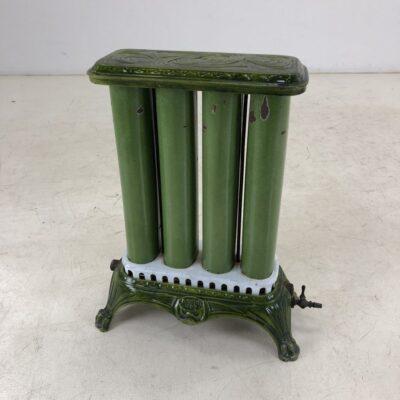senovinis žalias radiatorius