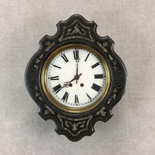 senovinis juodas laikrodis