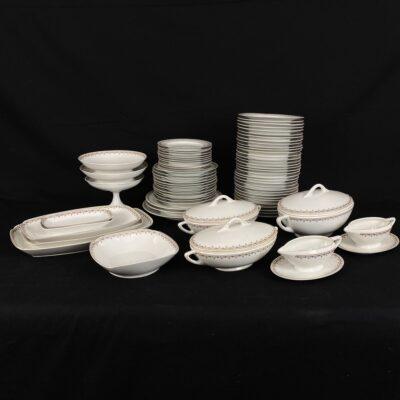 naudotas porcelianinis servizas