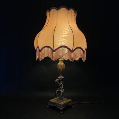 naudotas stalinis šviestuvas