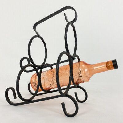 naudota metalinė vyninė trims buteliams