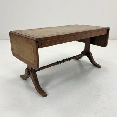 senovinis išskleidžiamas staliukas su oda