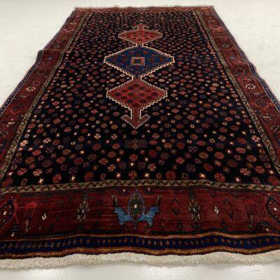 """Tamsiai raudonas persiškas rankų darbo kilimas """"Bidjar"""""""