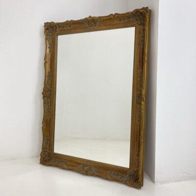 Naudotas veidrodis aukso spalvos rėmu
