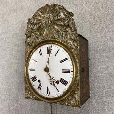 Senovinis švytuoklinis laikrodis su svoriais