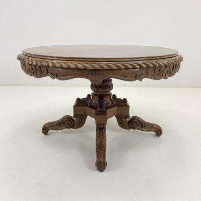 Senovinis apvalus drožinėtas stalas