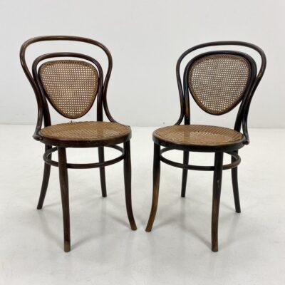 """""""Thonet"""" stiliaus kėdės sėdimąja dalimi ir atkalte iš ratano"""