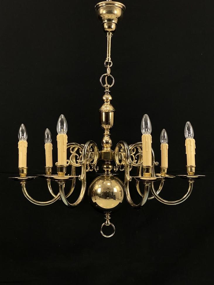 Šešių lempų žalvarinis sietynas