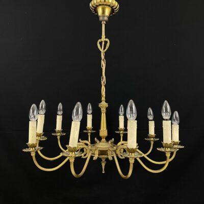Dešimties lempų žalvarinis sietynas
