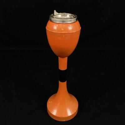 Oranžinė pastatoma peleninė