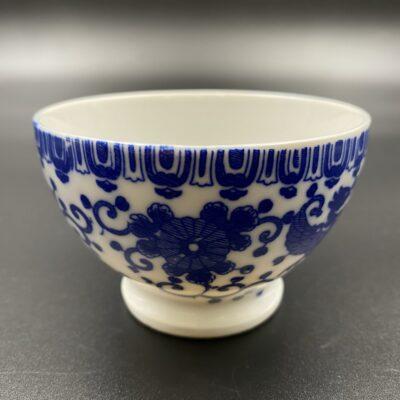 Rytietiška keramikinė vazelė