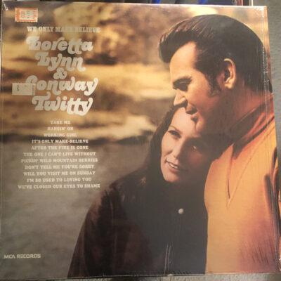 Loretta Lynn & Conway Twitty - We Only Make Believe
