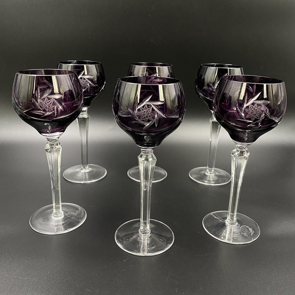 Violetinės spalvos krištolo šešių taurių komplektas